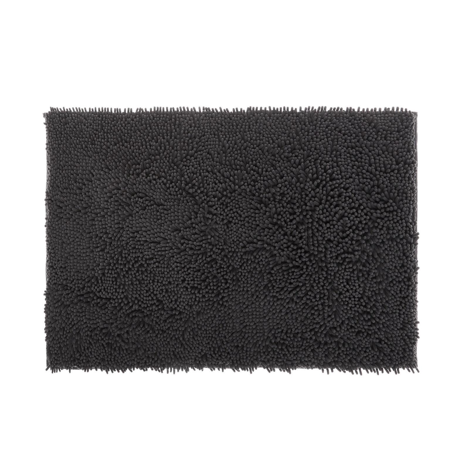 Shaggy microfiber bath mat