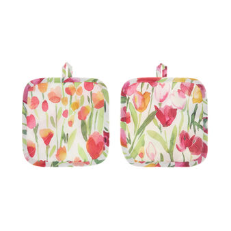Two-pack 100% cotton pot holders with tulips print