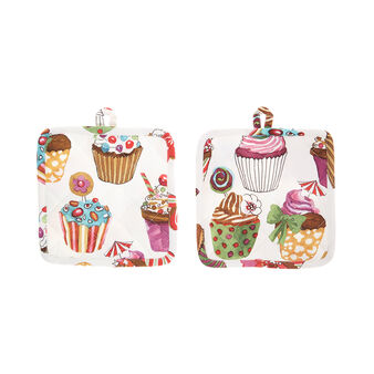 Two-pack cotton twill pot holders with cupcakes print by Sandra Jacobs design