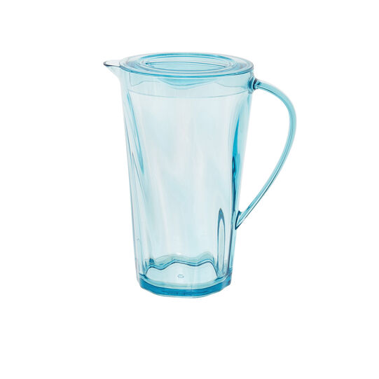 Plastic carafe with wave effect