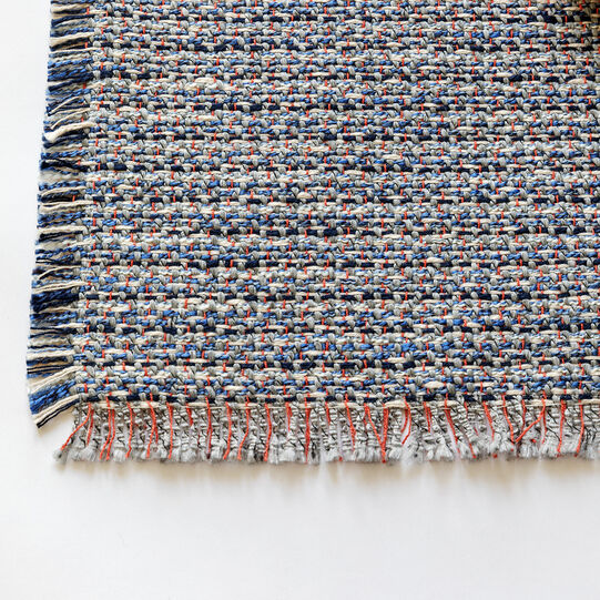 Tweed table mat with fringing
