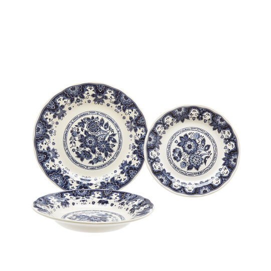 18-piece dinner service with floral decoration