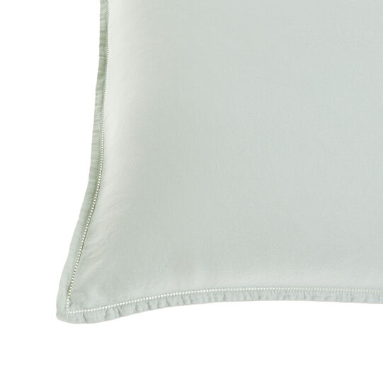 Solid colour pillowcase in washed cotton