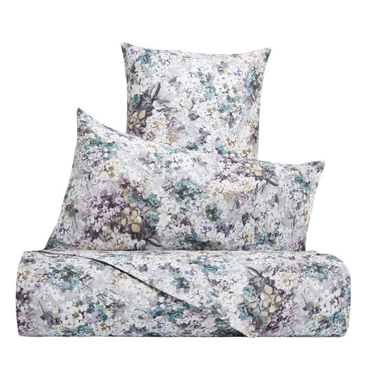 Pillowcase in washed 100% linen with flower pattern
