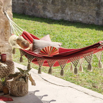 Solid colour cotton hammock with fringing