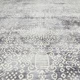 Rug with ornamental motif