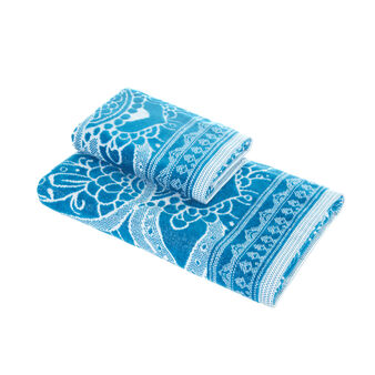 100% cotton velour towel with mandala motif