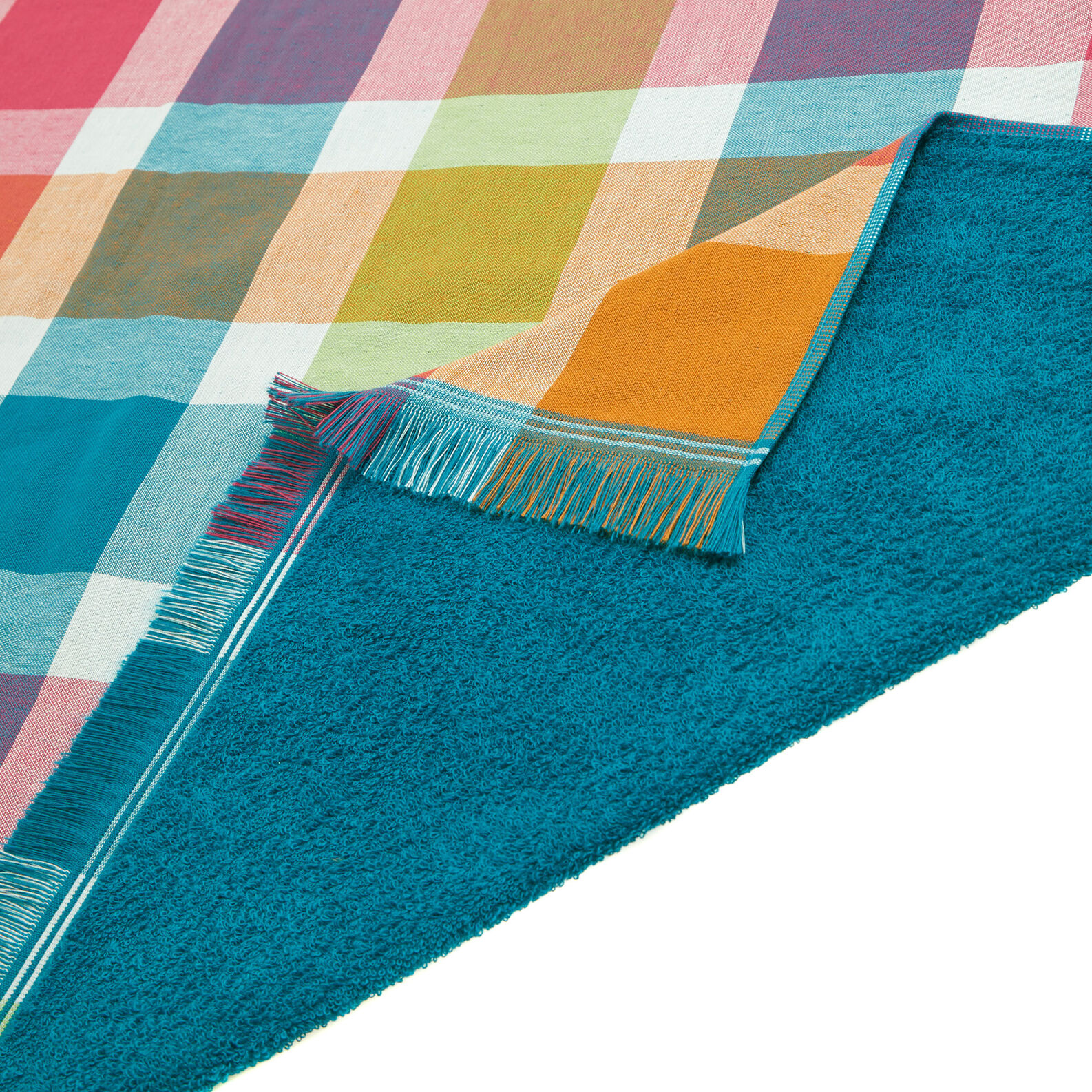 Check yarn-dyed cotton beach towel