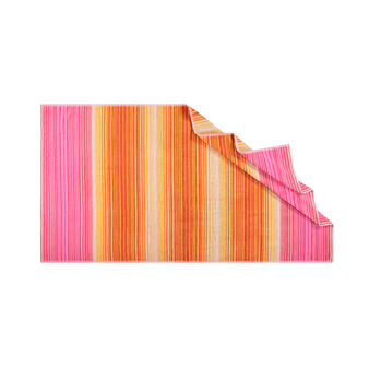 Yarn-dyed beach towel in 100% cotton with striped pattern
