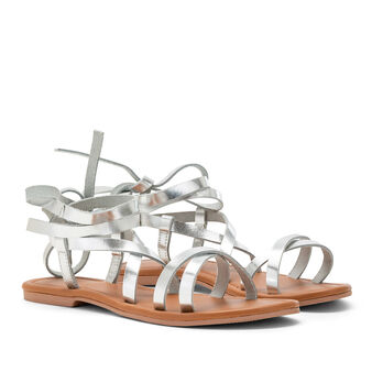 Sandals with metallic bands