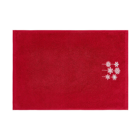 Set of 2 100% towels with embroidered snowflakes