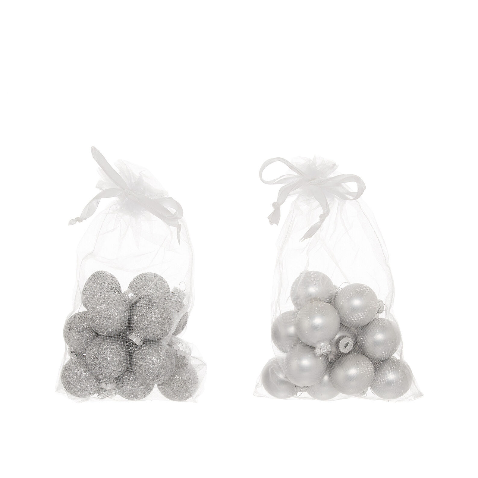 Bag with 15 glass baubles