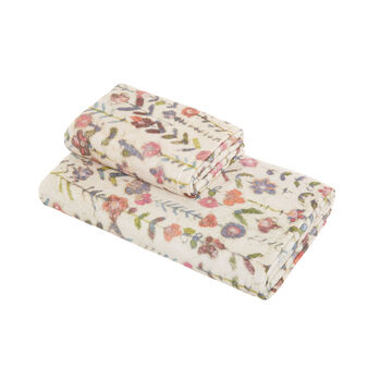 Cotton velour towel with small flowers