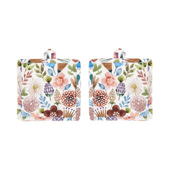Two-pack pot holders in cotton twill with flowers print