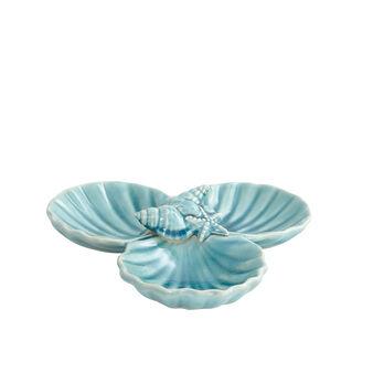 Porcelain shell-shaped appetizer plate