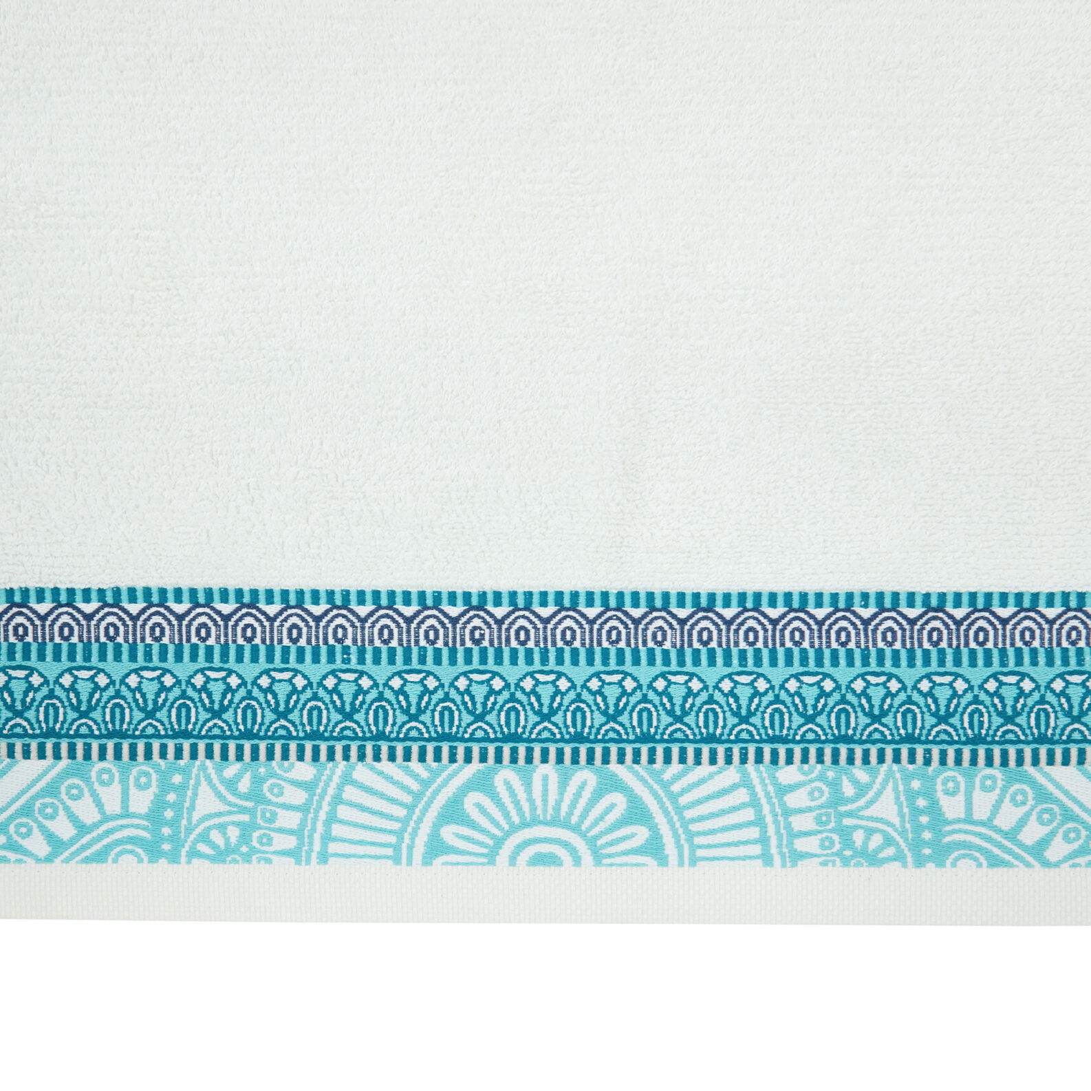 100% cotton towel with jacquard flounce