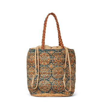 Basket bag with tile pattern