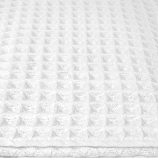 Honeycomb towel in pure cotton solid colour