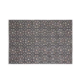 Hand-tufted rug