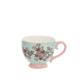 Ceramic breakfast cup with floral decoration