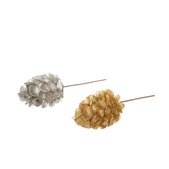 Paper pine cones with stem