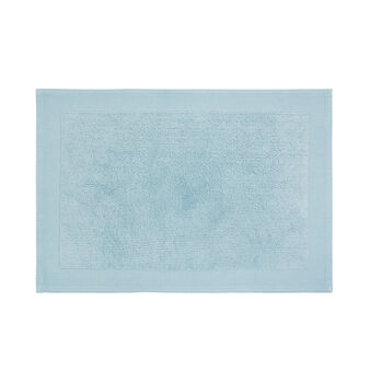 Zero twist cotton terry bath mat.