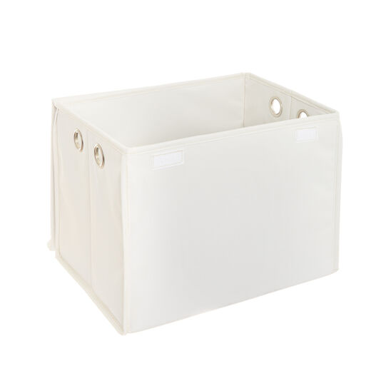 Laundry storage with lid