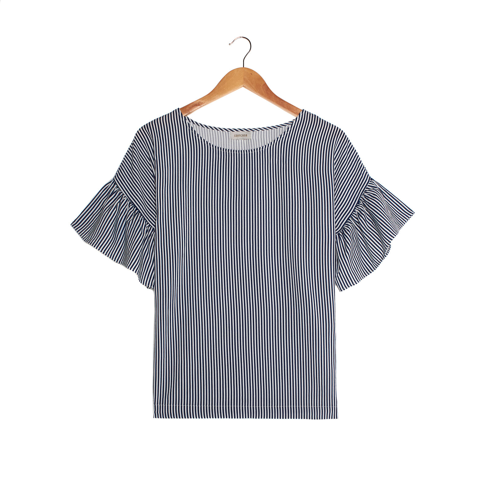 Viscose top with flounce sleeves.