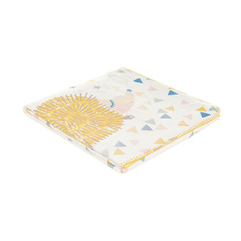 Micro-fleece blanket with hedgehog print and small triangles