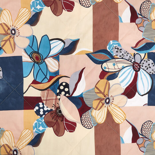 100% cotton quilt with abstract flowers pattern