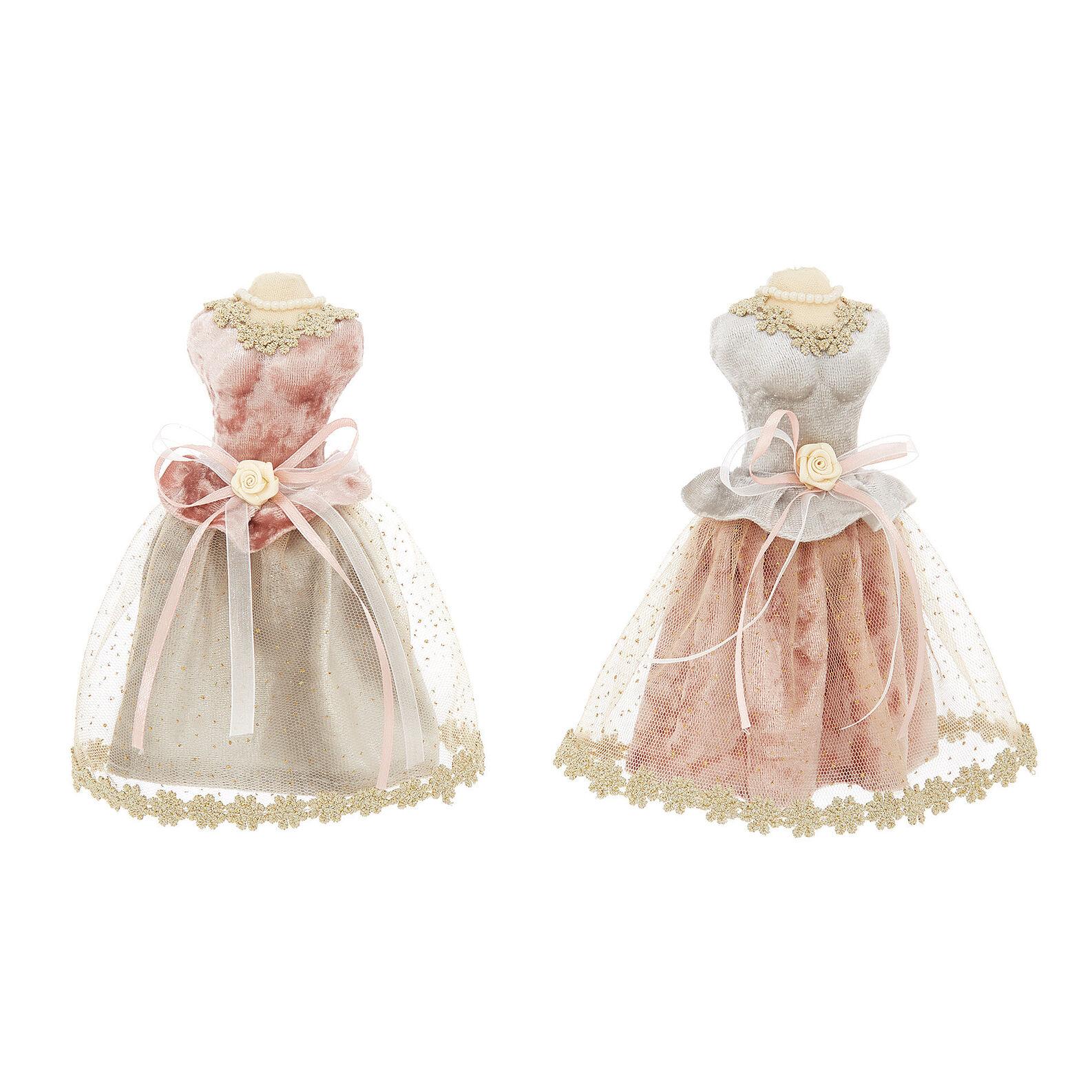 Ladys dress decoration in velvet