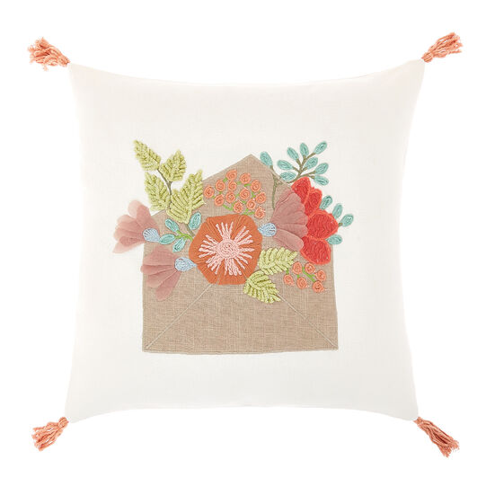 Cushion with embroidery and tassels 45x45cm