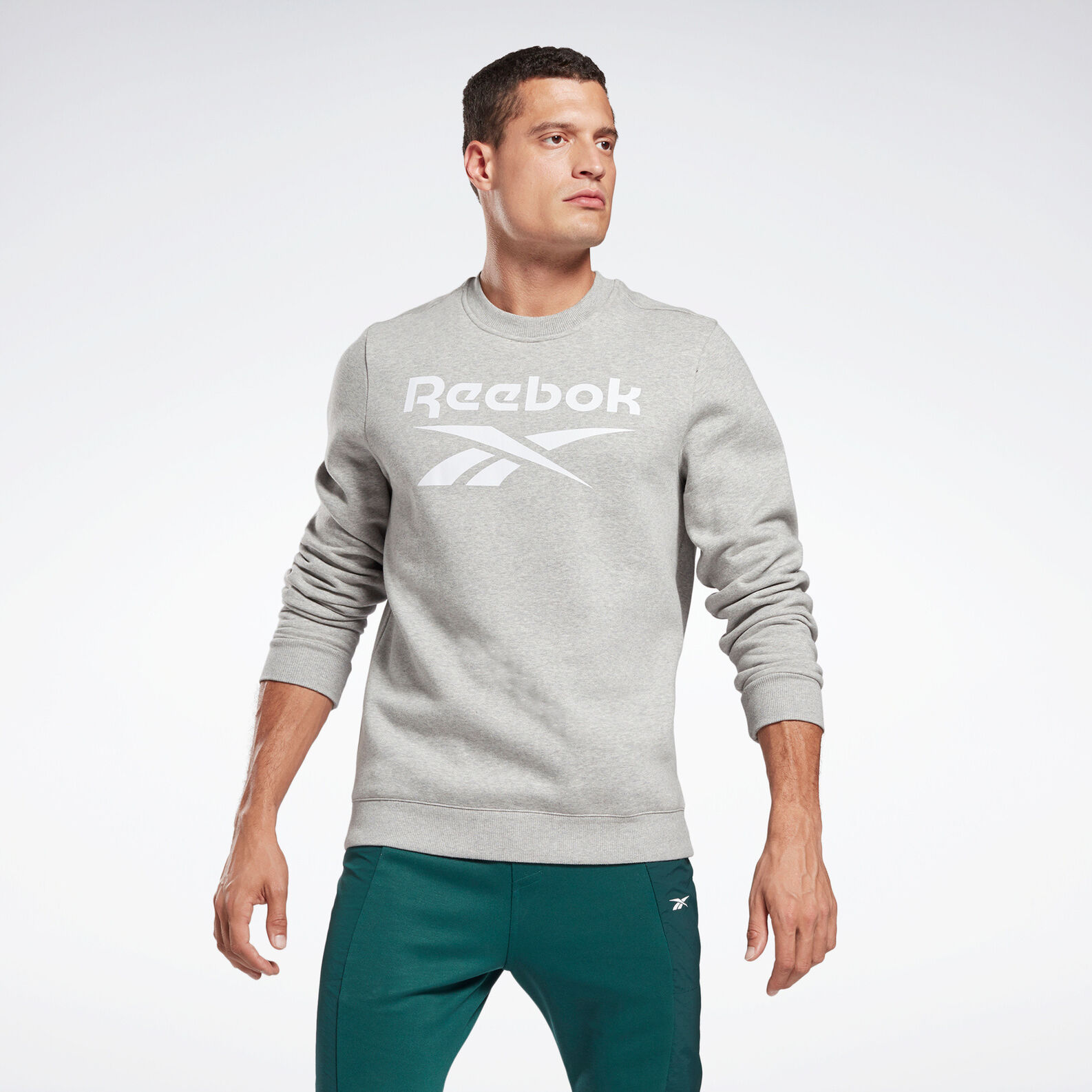 Reebok identity fleece sweatshirt with round neck
