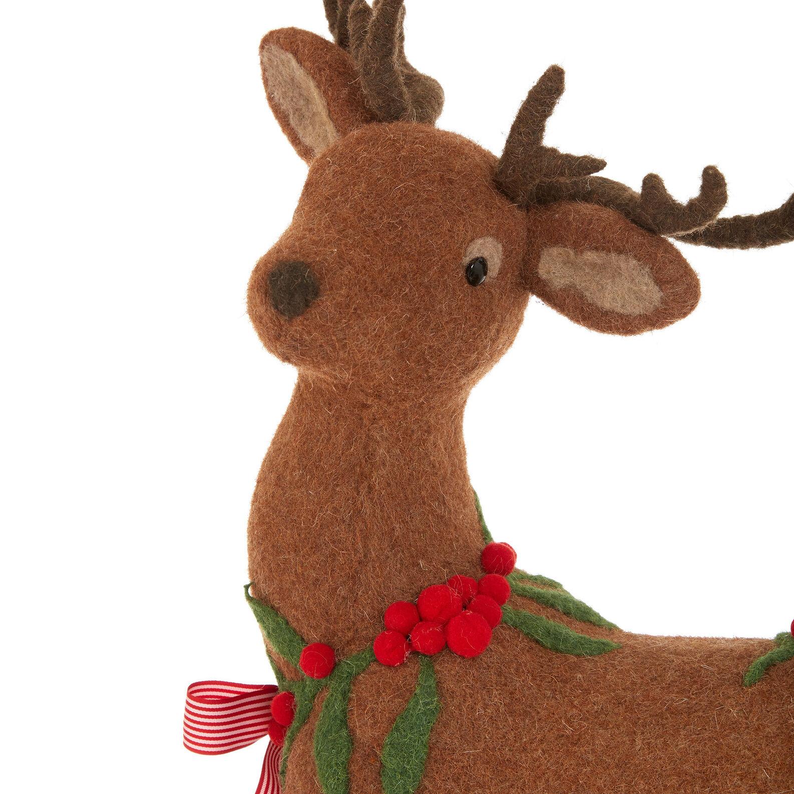 Deer soft toy in felt